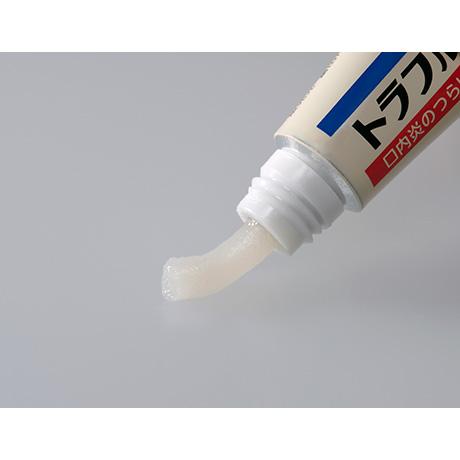 患部にしっかり付着する(軟膏タイプ)